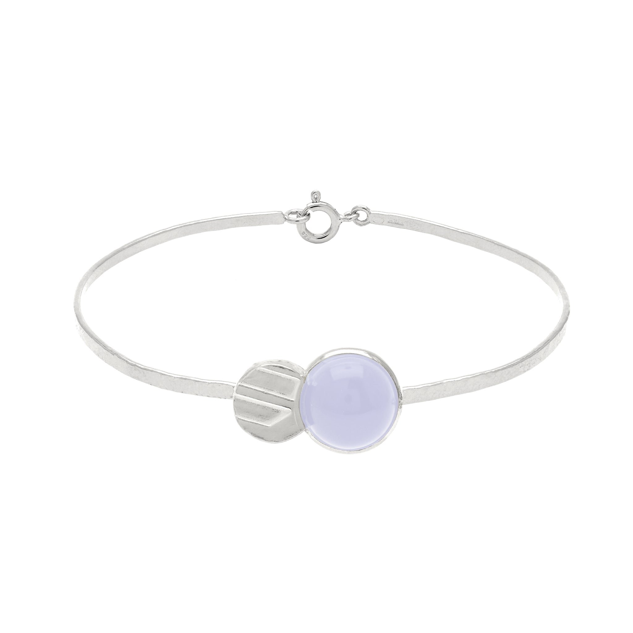 Elegant Bracelet with and blue Chalcedony stone