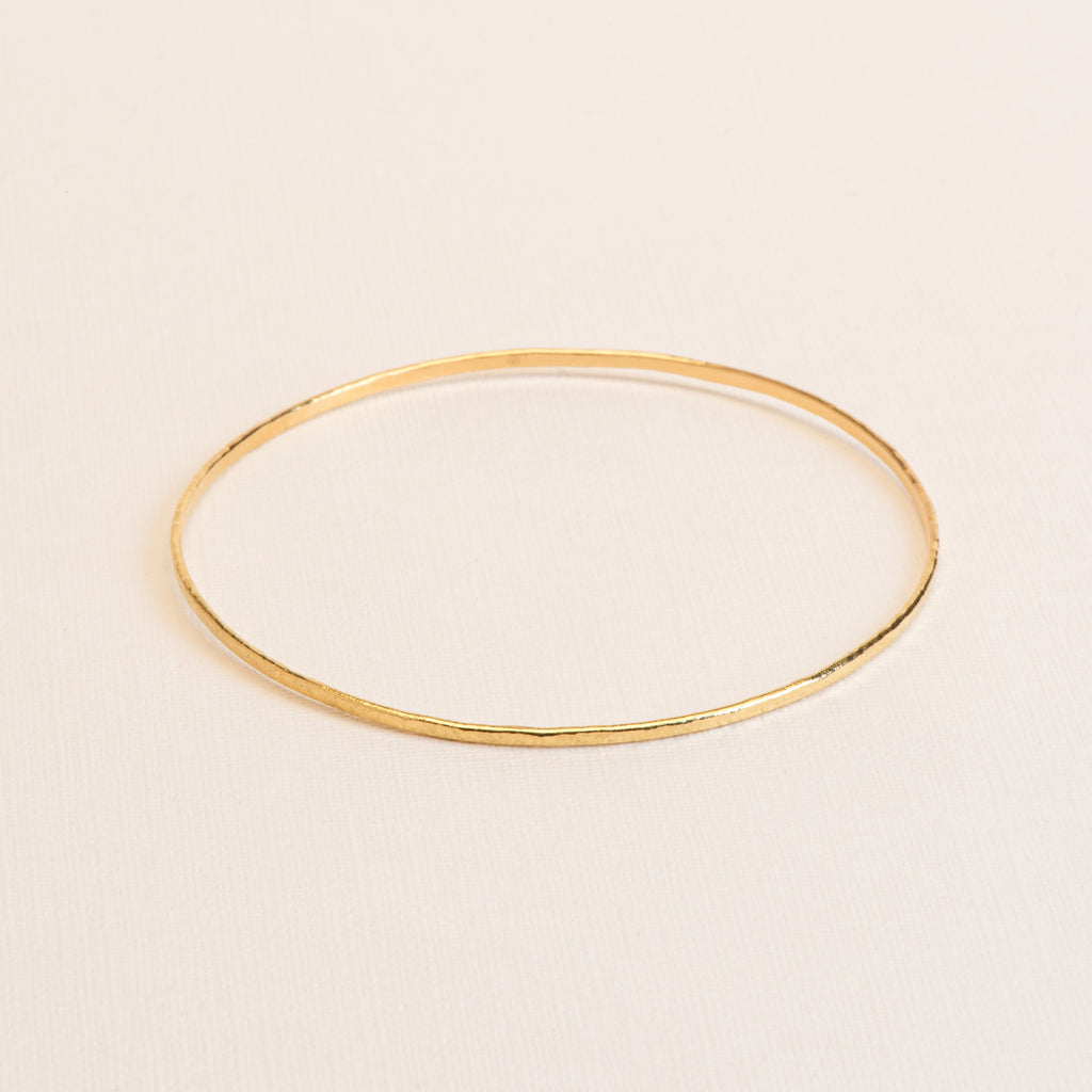 18kt Gold hammered bangle Bracelet