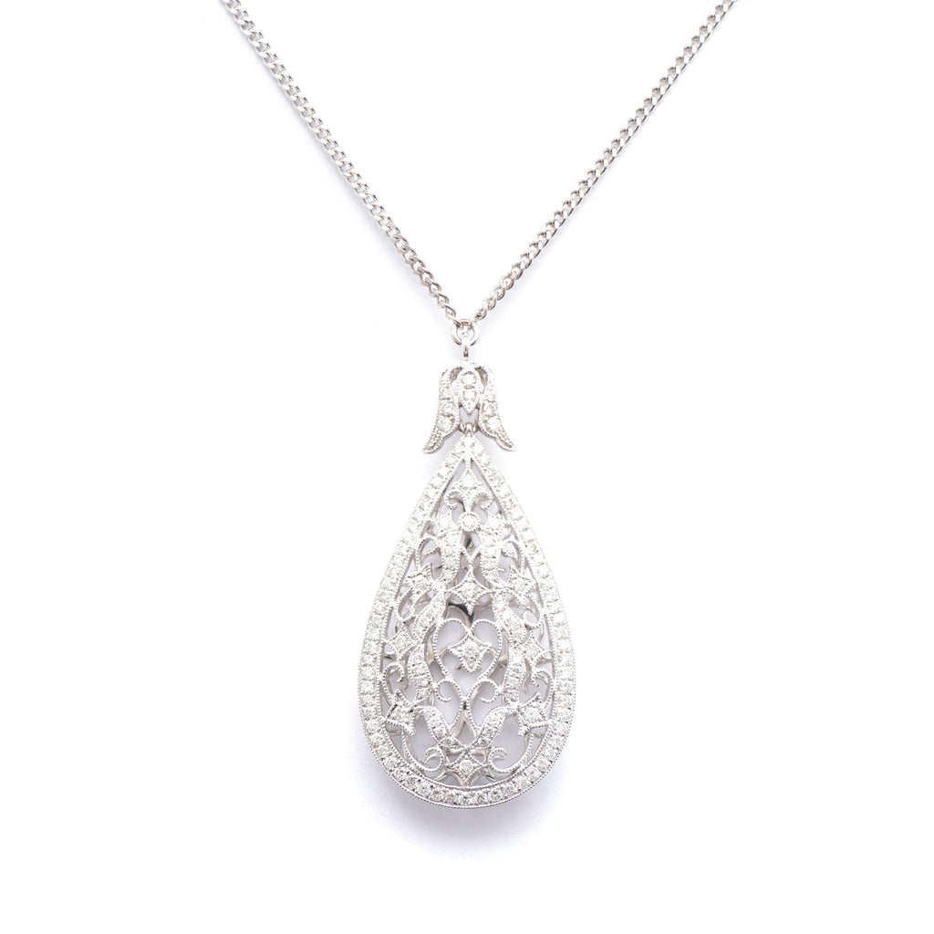 18kt Gold Diamond pendant Necklace