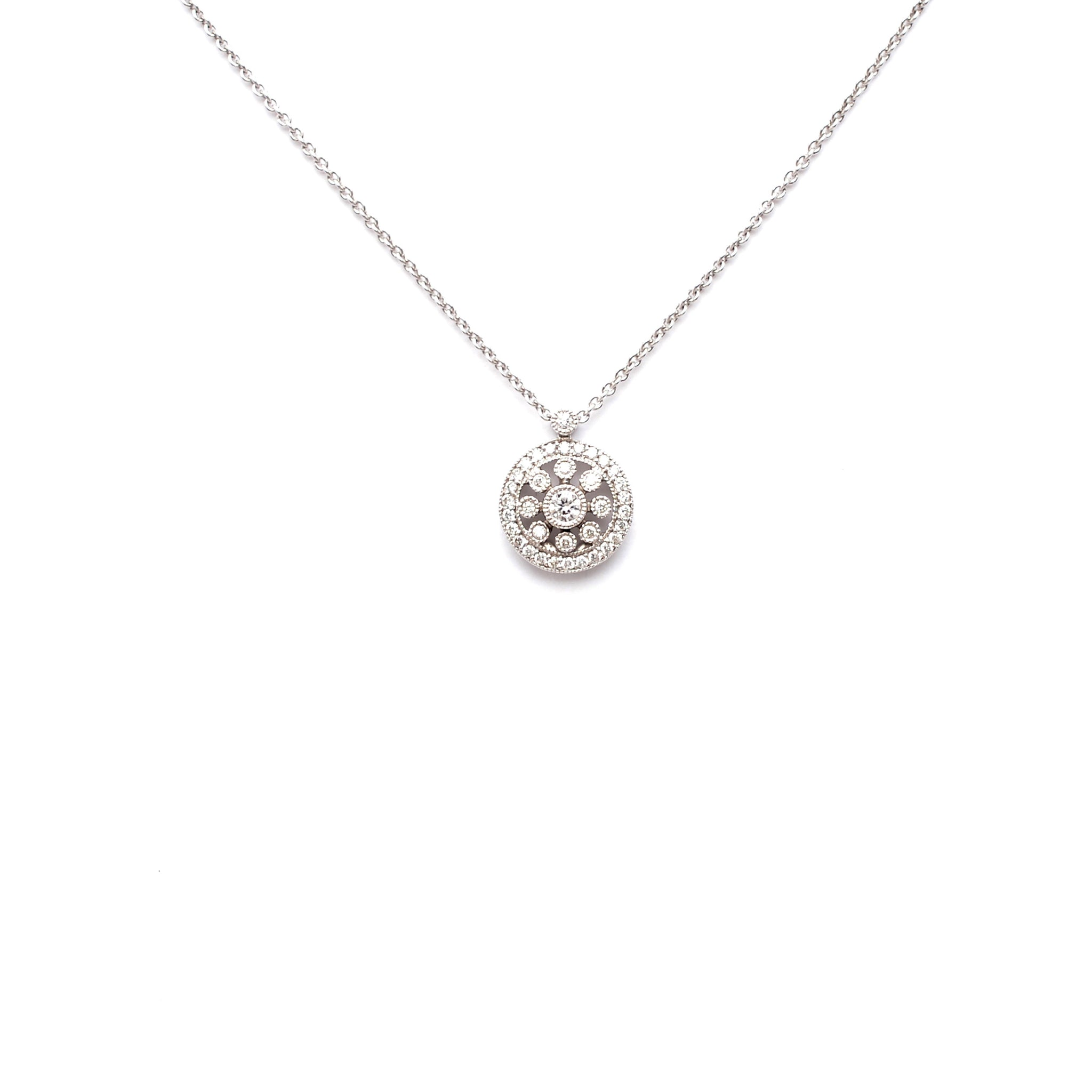 18kt Gold Necklace with rosas pendant and White Diamonds