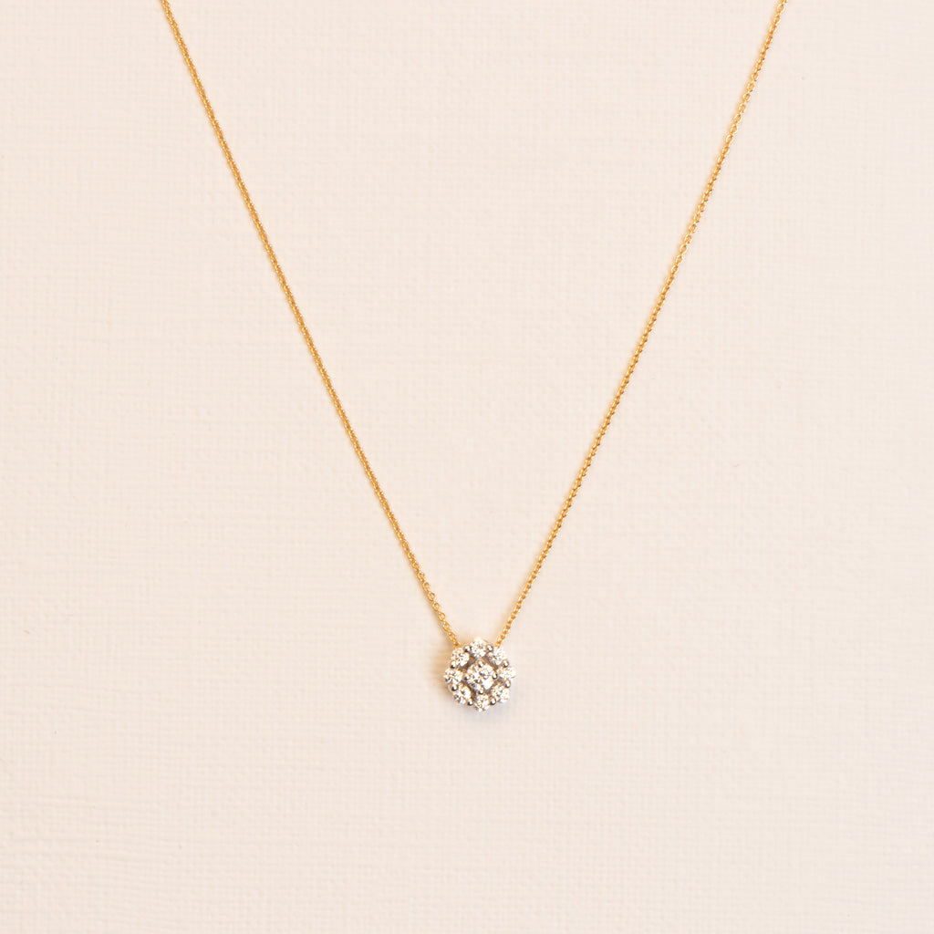18kt Gold twisted Necklace with white Diamond Rose