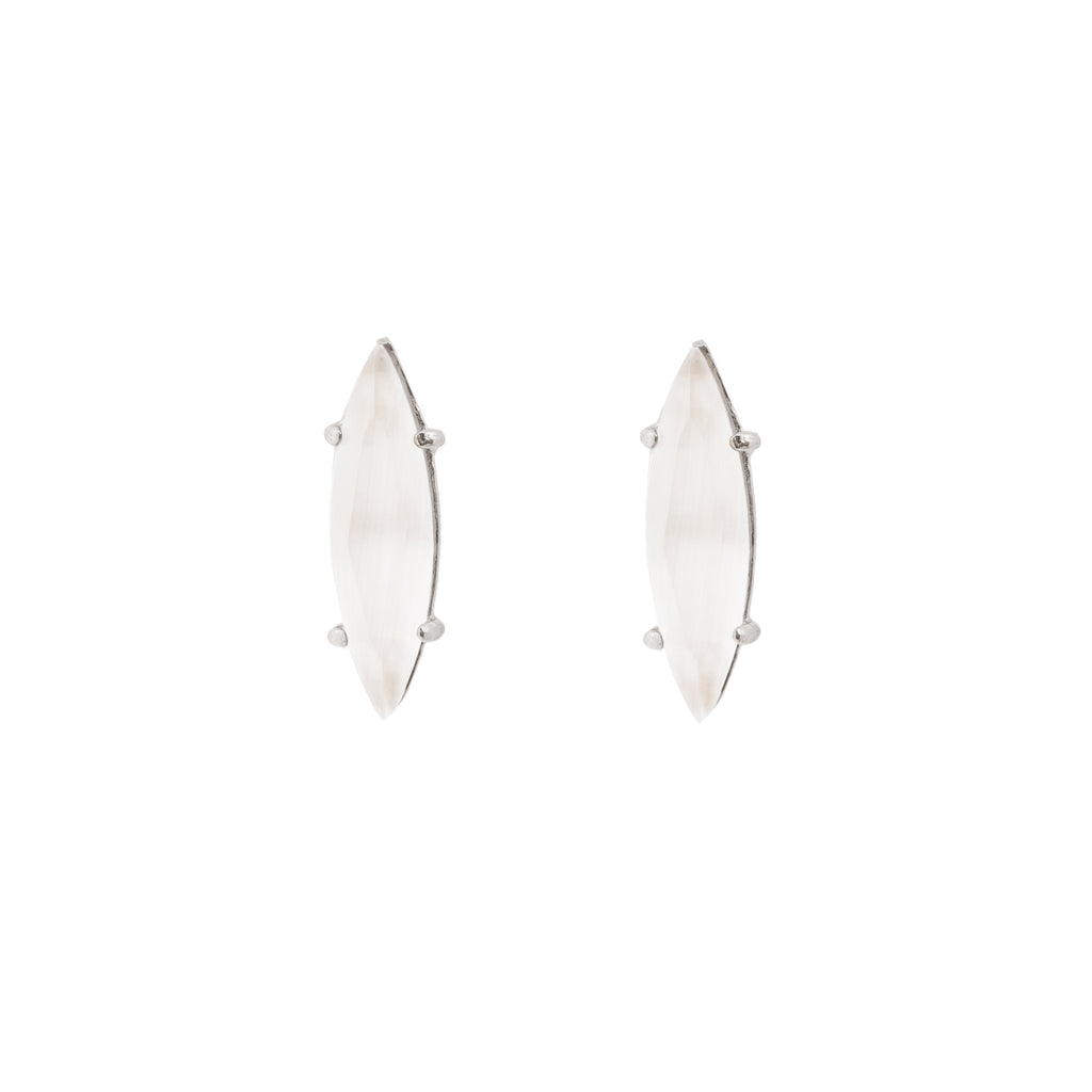 Sutble Stud Earrings with Mother of Pearl