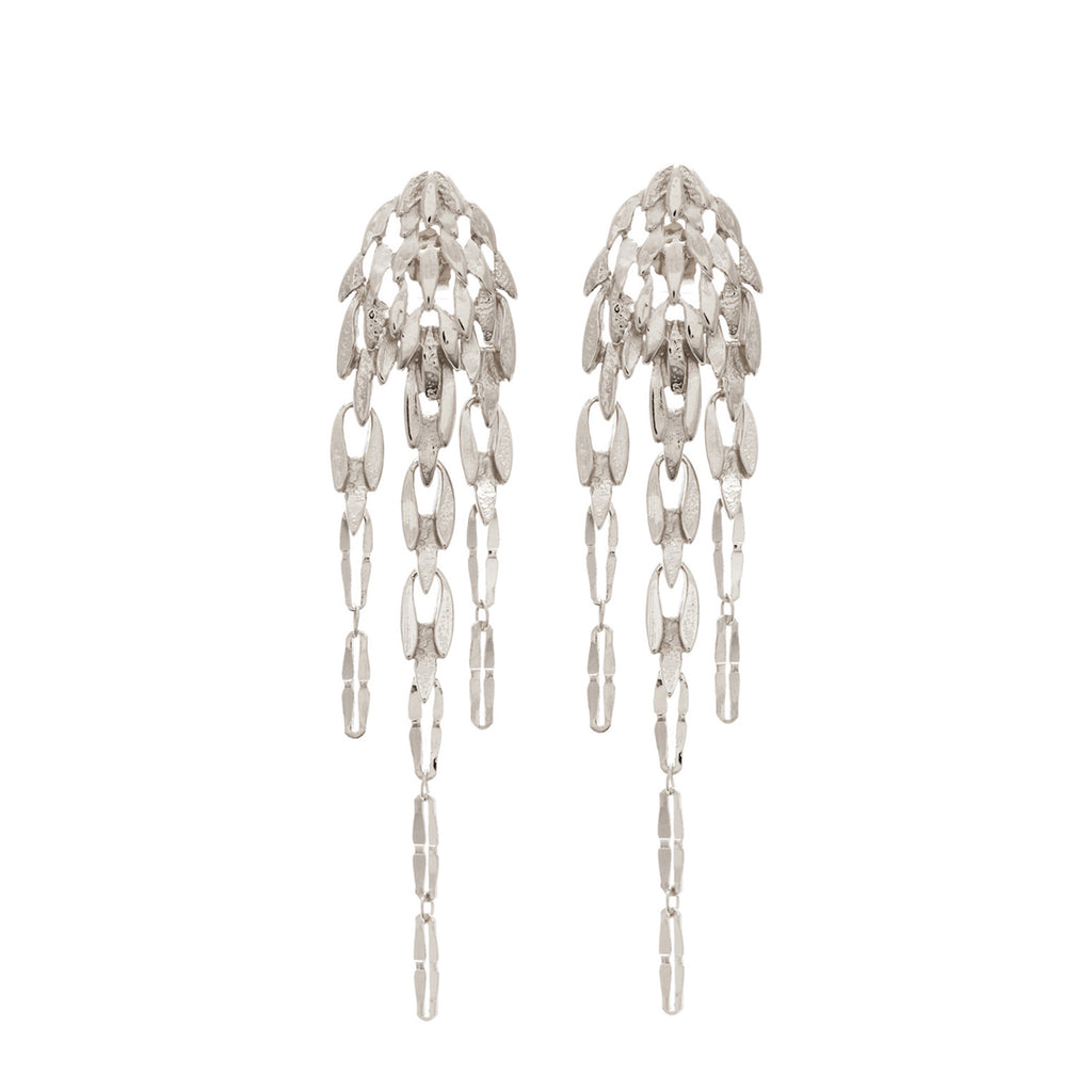Elegant Stud Earrings reminiscent of feather