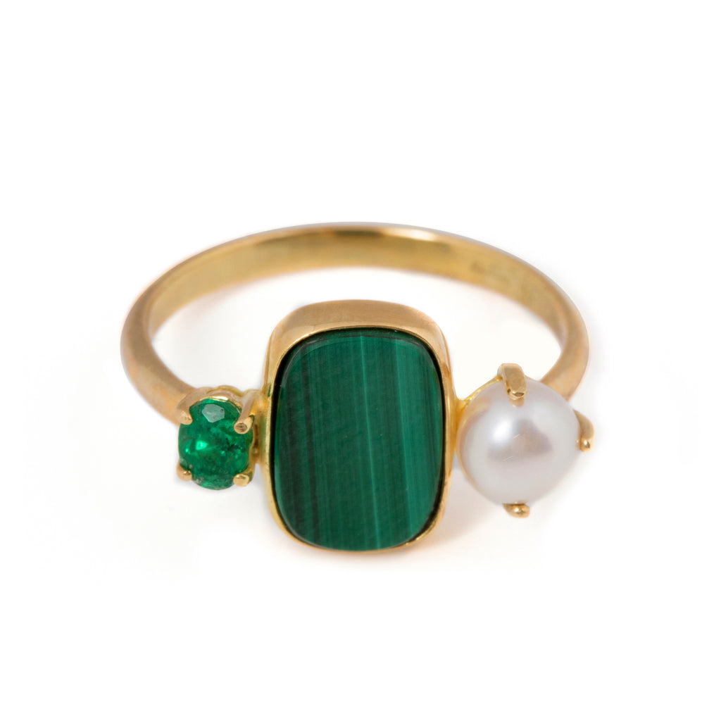 18kt Gold Ring with Malachite, Freshwater Pearl and Emerald