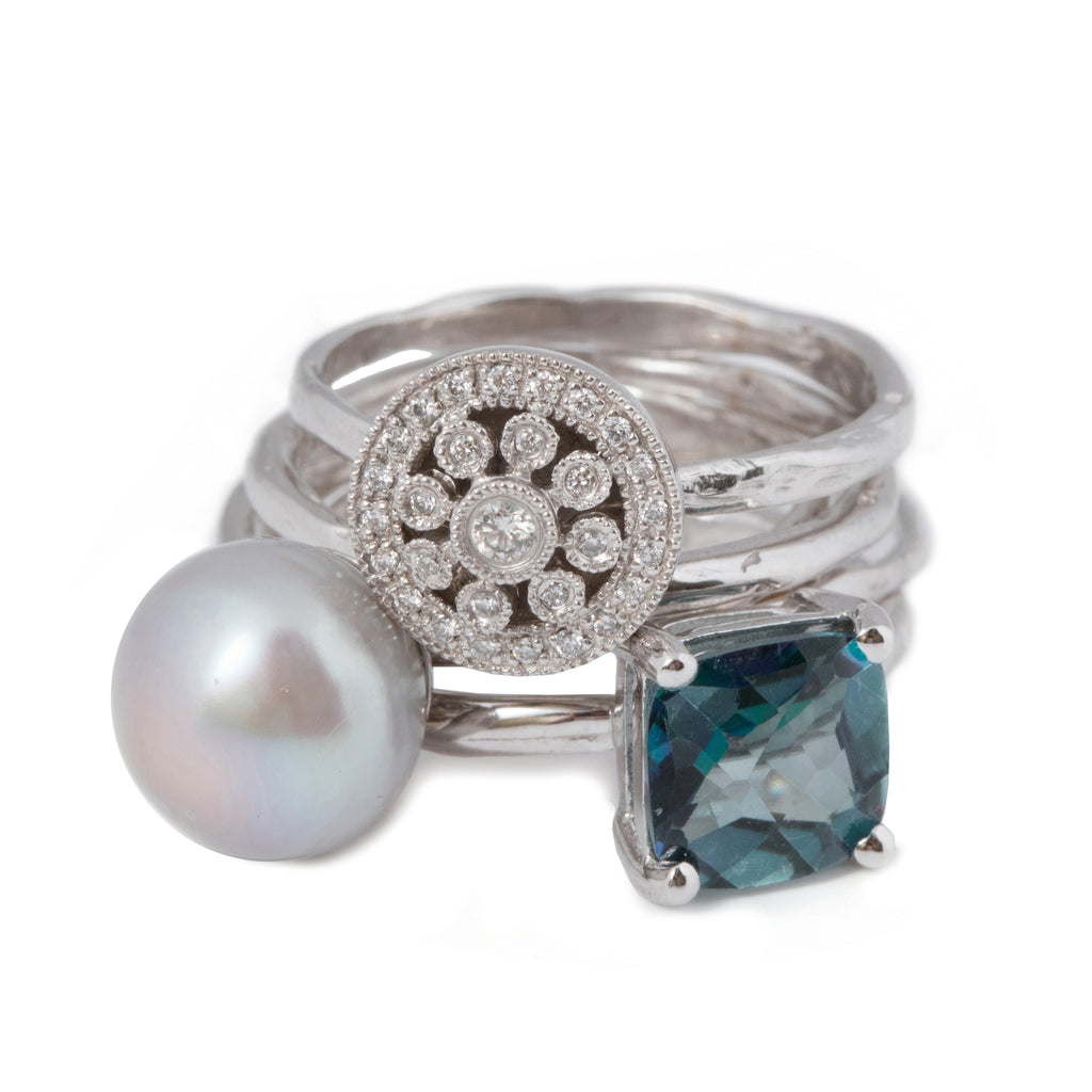 18kt Gold stacked Ring with white Diamond rosas, Topaz and Freshwater Pearl