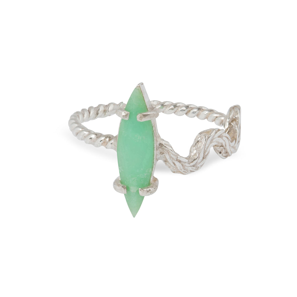 Delicate Ring with Chrysoprase and curved element