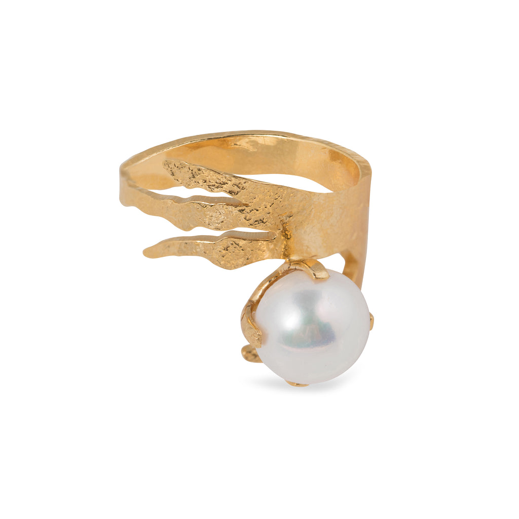 Ring with crow's foot and Freshwater Pearl