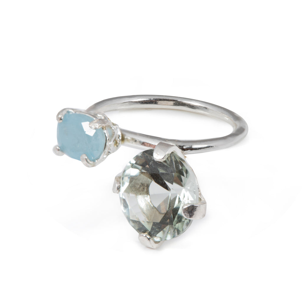 Fine Ring with Aquamarine and green crystal