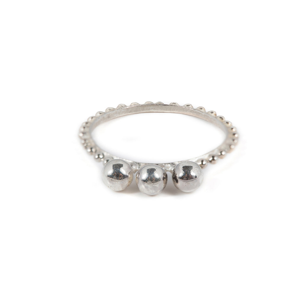 Delicate Ring with ball chain finish
