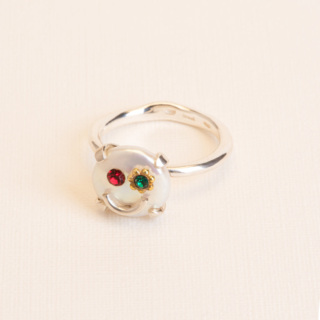 Smiley Ring with Freshwater Pearl