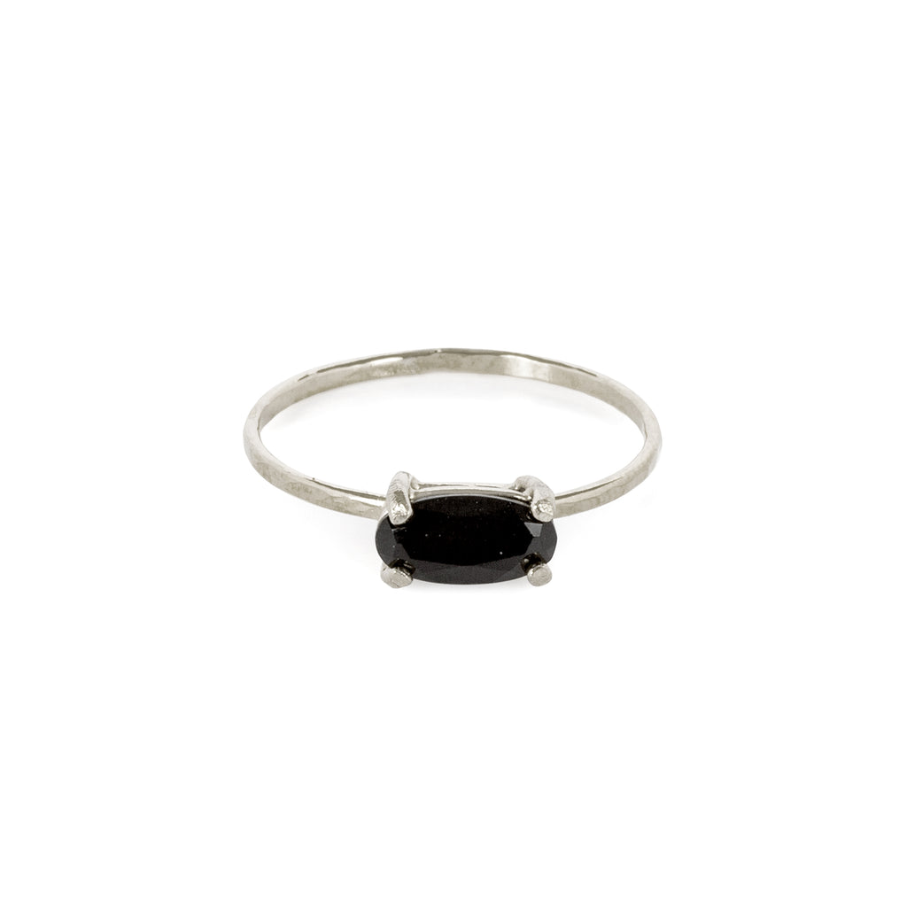 Delicate Ring with Onyx