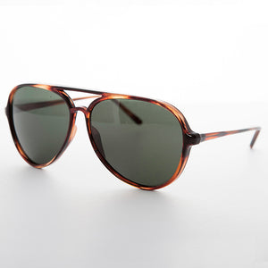 classic teardrop vintage aviator sunglass with glass lens