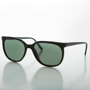 Rounded Square Classic Retro Sunglass with Glass Lens