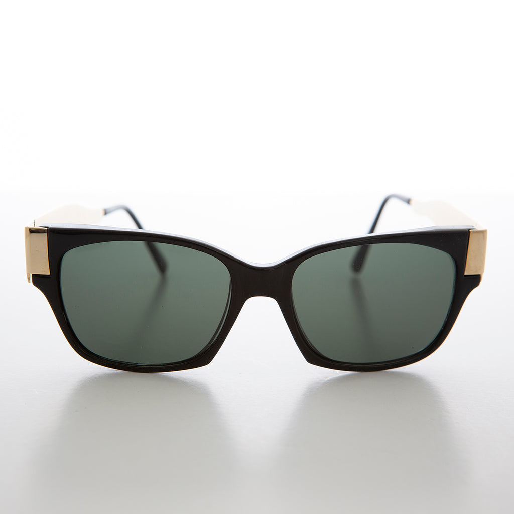Mod Unisex Vintage Sunglass with Gold Temples