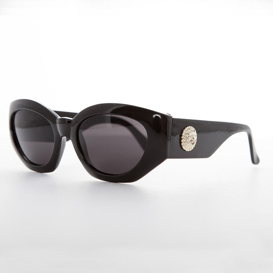 oversized women's black fashion cat eye sunglass
