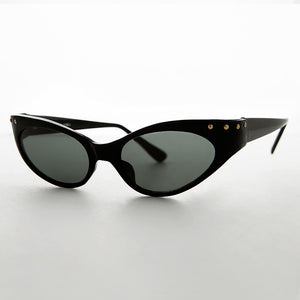 90s cat eye vintage sunglass with studs