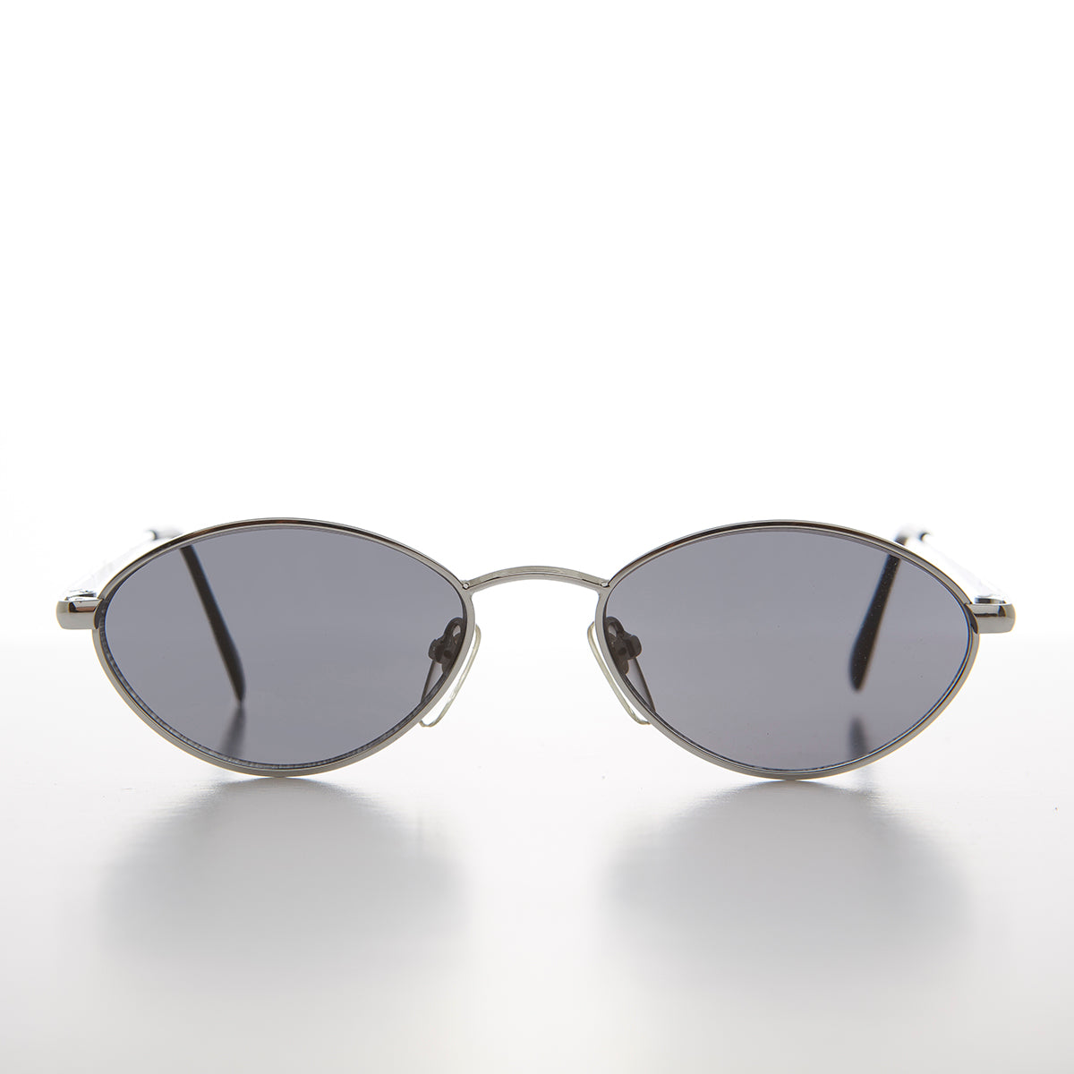 Unique Oval Metal Optical Quality 90s Vintage Sunglass