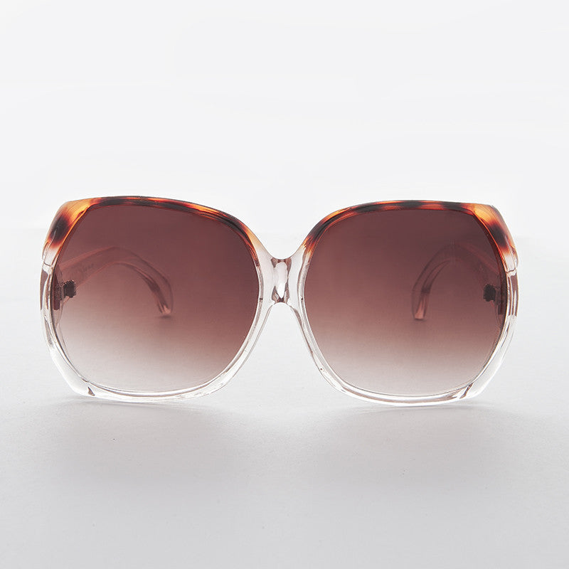 vintage oversized jackie o womens sunglass with gradient lens
