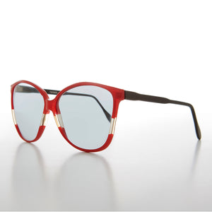Women's Butterfly Vintage Sunglass with Transition Lens