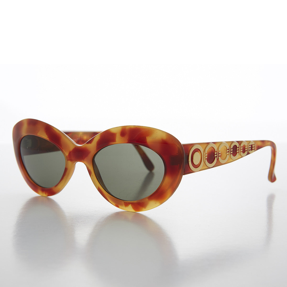 Mod Cat Eye Vintage Sunglass with Gold Temple Design - Ginny 2