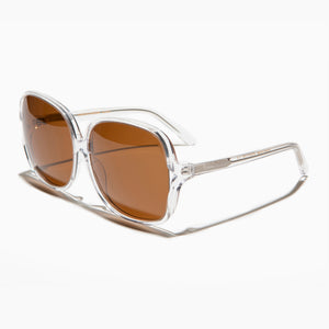 oversized women's retro sunglass with polarized lenses