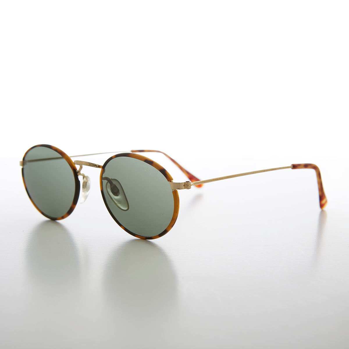 Simple Oval Vintage 90s Sunglass