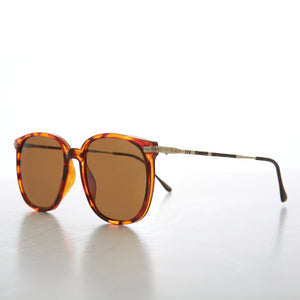 Preppy Square Sunglass with Intricate Temple - Noho