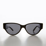 Load image into Gallery viewer, Beatnik Vintage Cat Eye Sunglass - Nolita