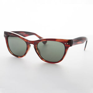 tortoiseshell vintage cat eye sunglass with keyhole bridge