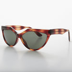 Load image into Gallery viewer, Geometric Brown Cat Eye Vintage Sunglass