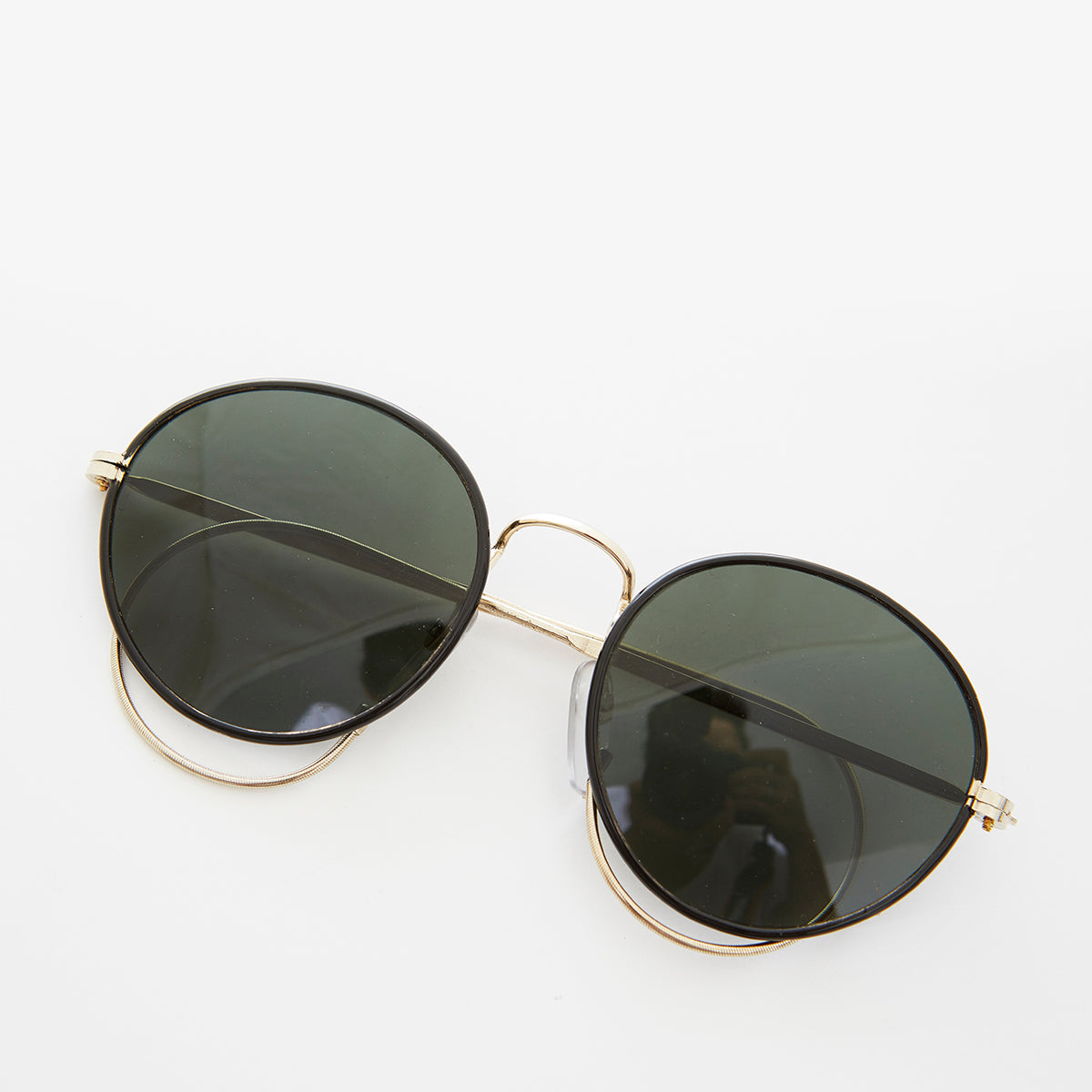 Round Preppy Sunglass with Cable Temples