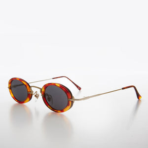 90s Tiny Combination Frame Gold and Tortoise Oval Vintage Sunglass