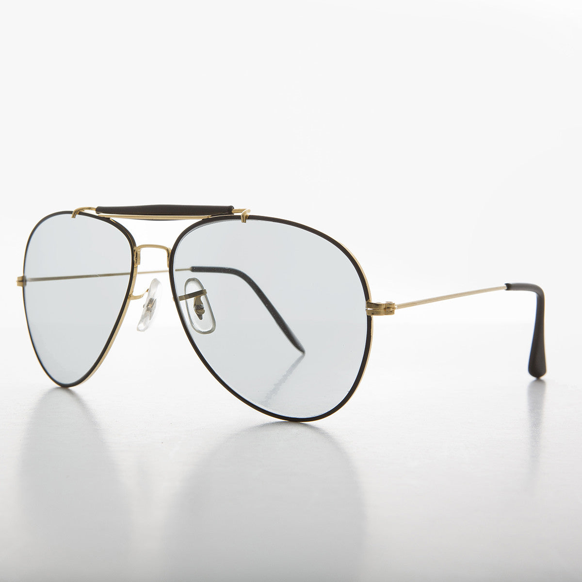 vintage aviator sunglass with Corning transition lens