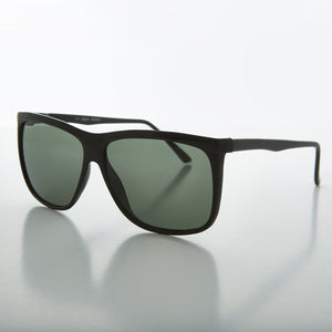 oversized square classic vintage sunglass with glass lens