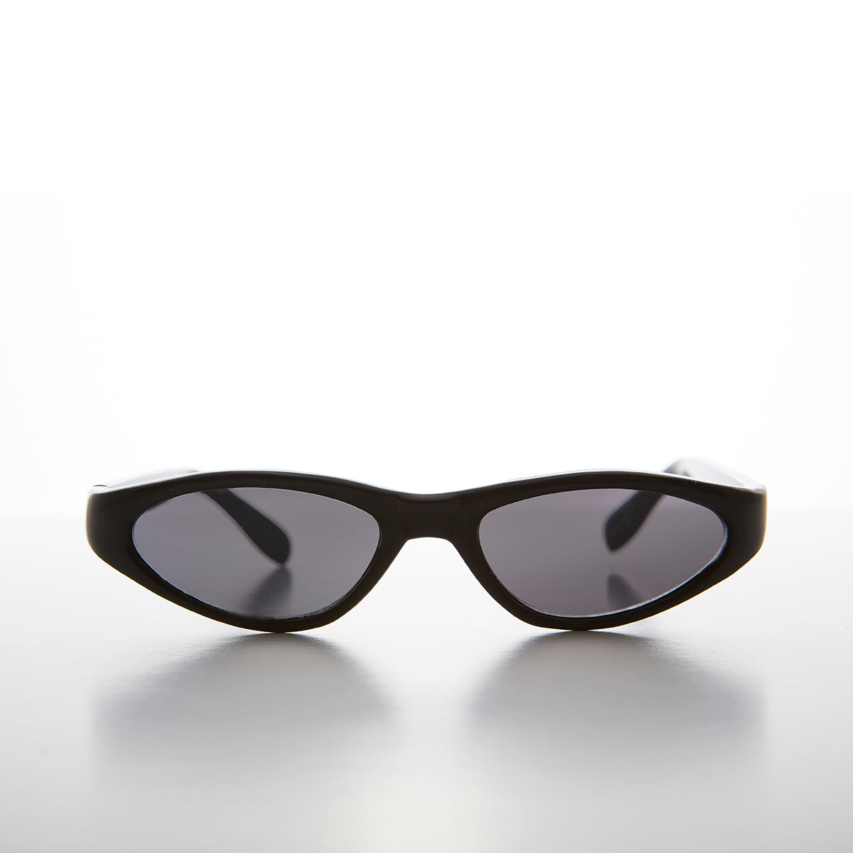 Edgy Small Cat Eye 90s Vintage Sunglass