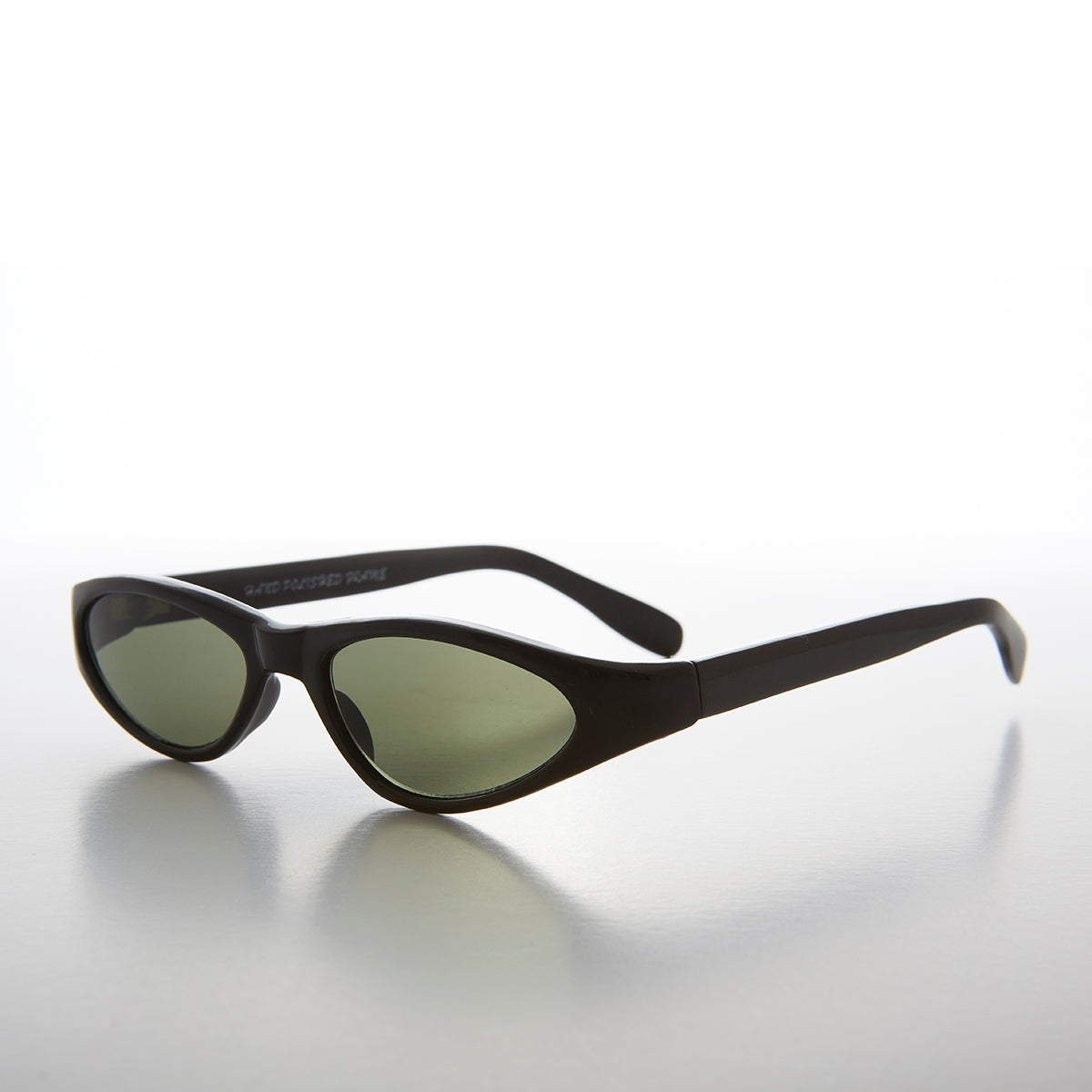 Edgy Small Cat Eye 90s Vintage Sunglass - Vicky
