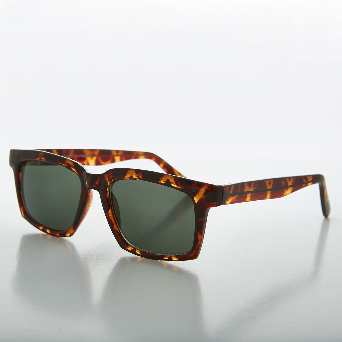 thick horn rim men's vintage sunglass