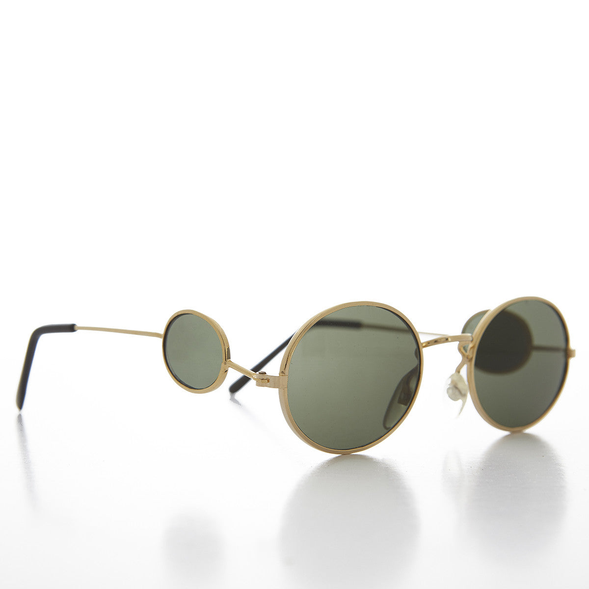 Oval Side Lens Vintage Sunglass