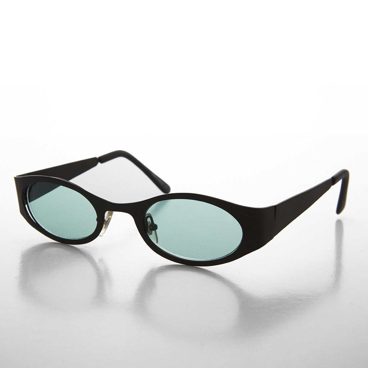 green color lens sunglass