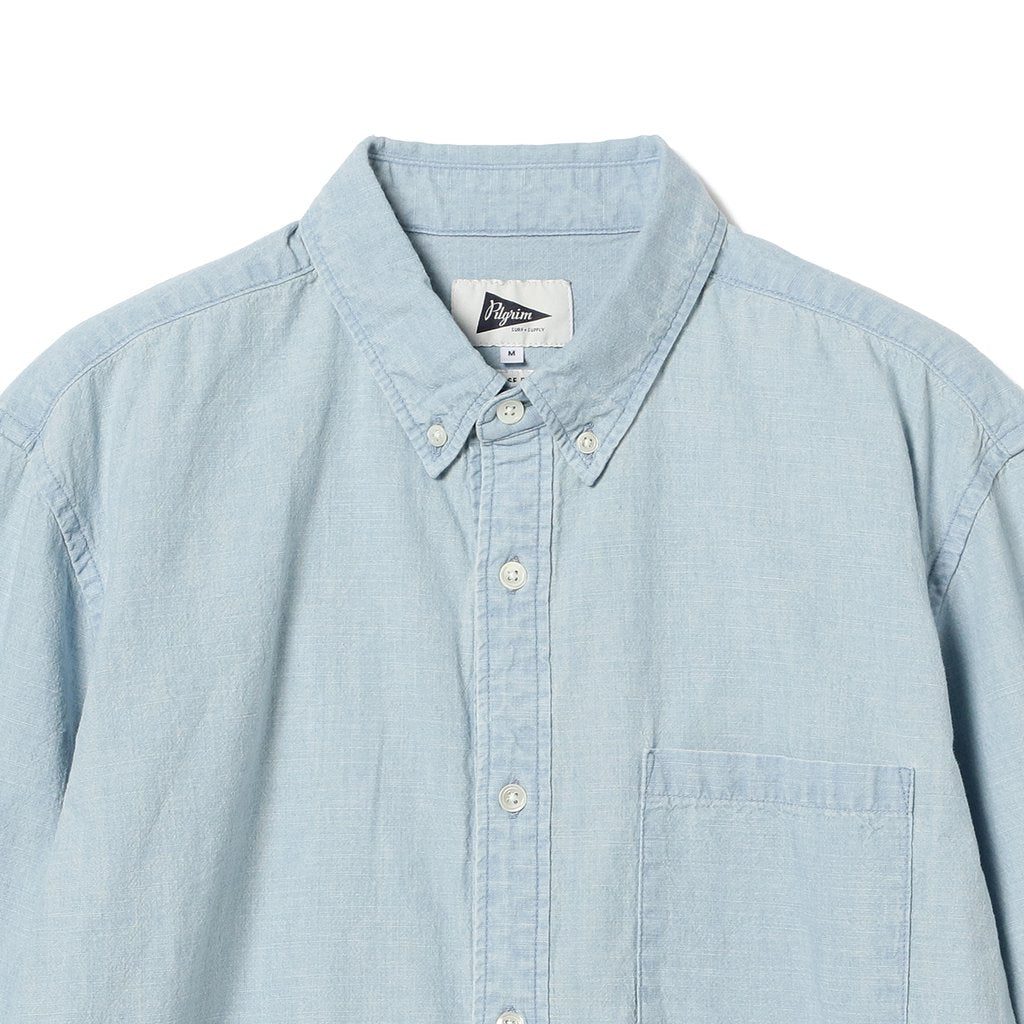 TRENT BUTTON DOWN CHAMBRAY SHIRT