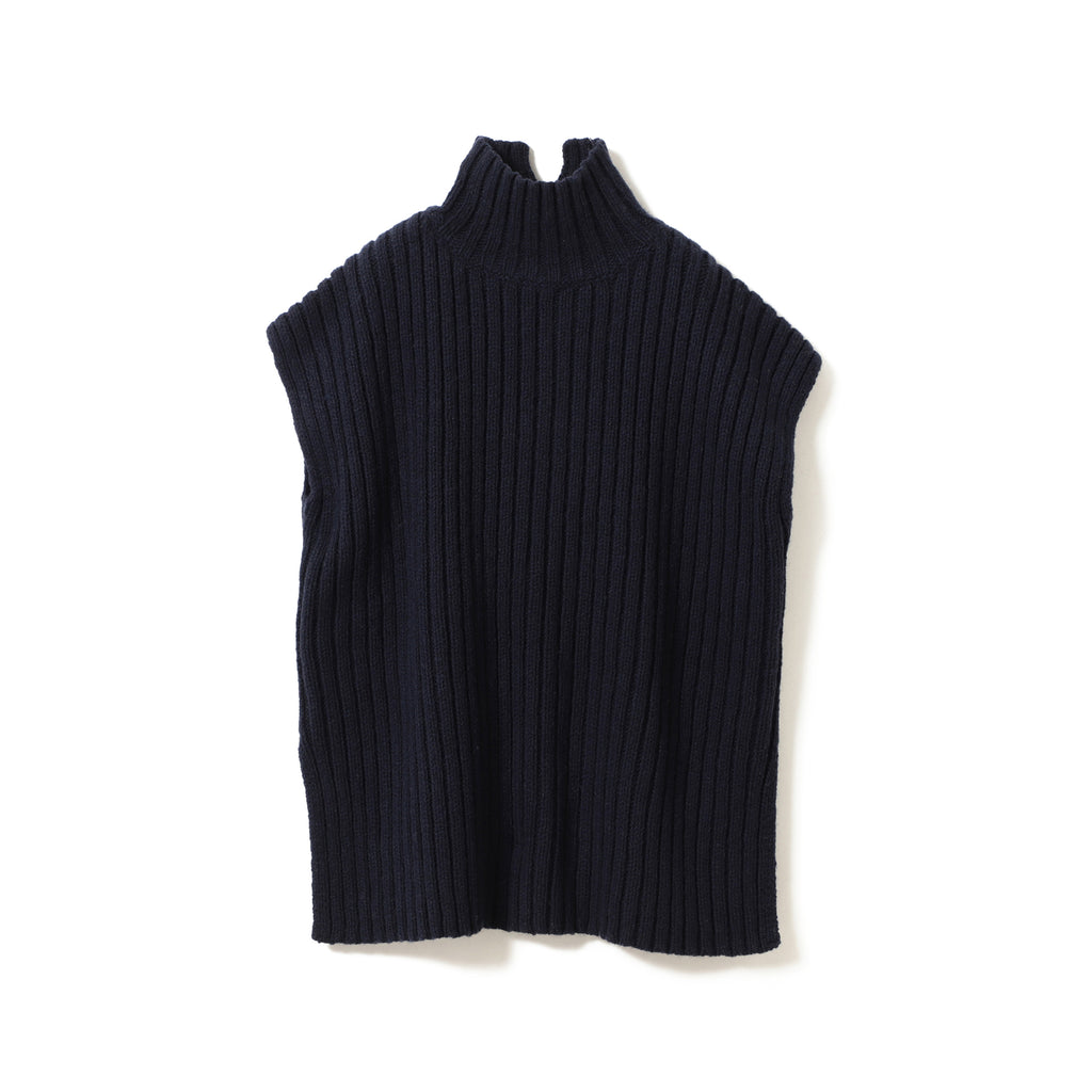 MIKA SLEEVELESS TURTLENECK