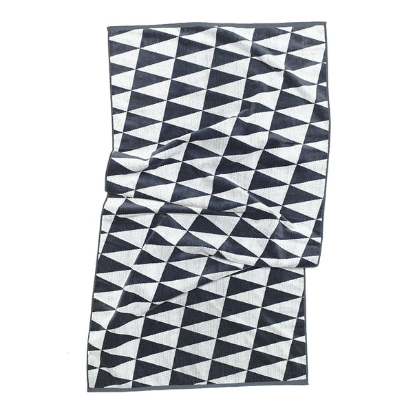 CHECKERBOARD PENNANT BEACH TOWEL, SLATE