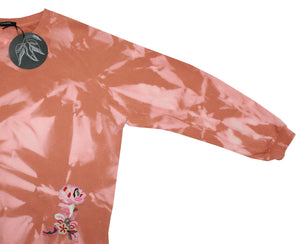 Tie-dye sweater light cognac - lightpink with embroidered flower