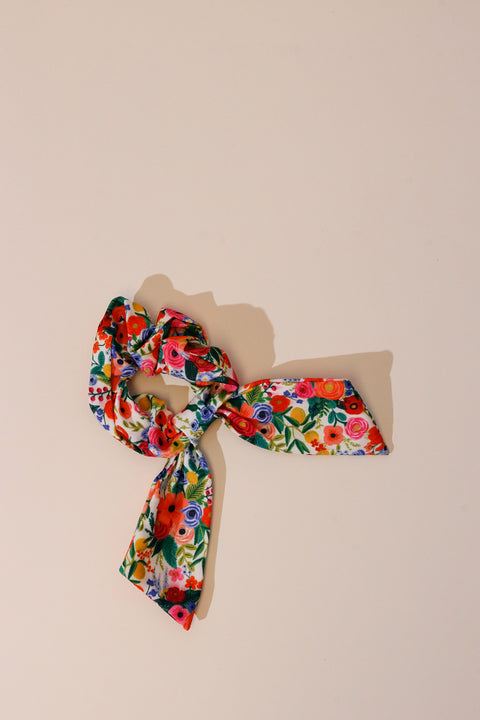 Rifle Paper Scrunchie - White