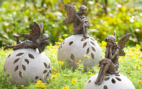 Cheerful Garden Accents to Boost Your Mood