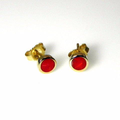 14kt gold coral inlay stud earrings