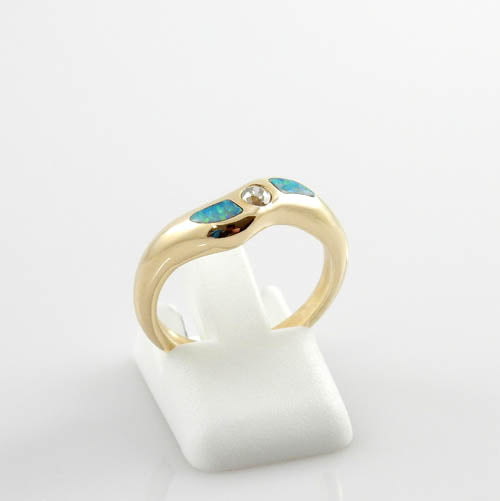14kt Yellow Gold Diamond Opal Ring Size 6.75