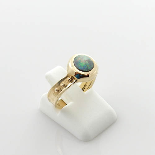 14kt Gold Australian Opal Inlay Ring Size 5.25