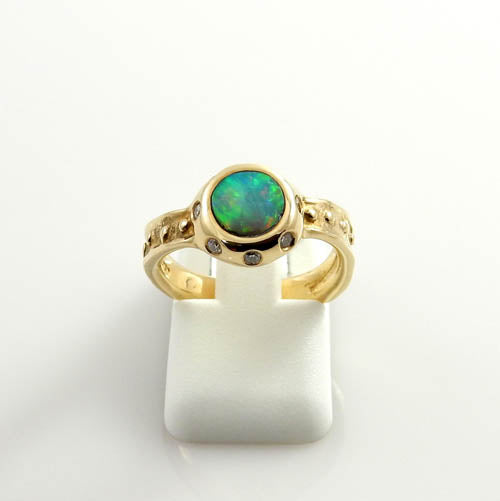14kt Gold Australian Opal Diamond Ring Size 6