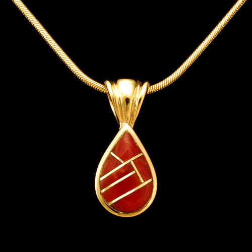 14kt yellow gold italian red coral inlay pendant